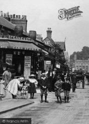 Maidenhead, King Street, Children 1904