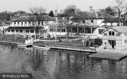 Maidenhead, Skindles Hotel c.1955