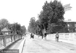 Maidenhead, View From Bridge 1904