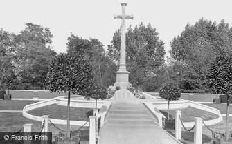 Maidenhead, War Memorial 1921