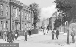 Maidstone, Bluecoat School, Knightrider Street c.1900