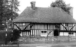 Maidstone, Old House, Chatham Road c.1965