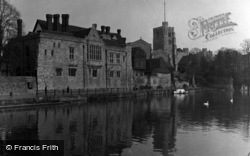 Maidstone, Old Palace 1954