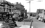 Maidstone, the Cannon, High Street c1960