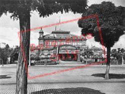 Stadthalic c.1930, Mainz