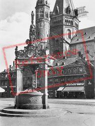 The Well c.1930, Mainz