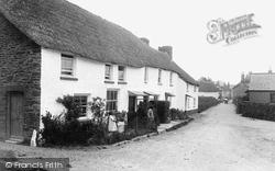 Church Gate 1927, Malborough