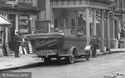 Maldon, Charabanc In The High Street 1921