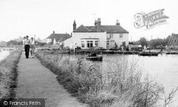 Maldon, Mill Beach c.1965