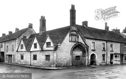 Almshouses 1924, Malmesbury