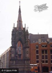 Manchester, Albert Memorial 1984
