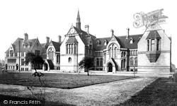 Manchester, Owens College c.1876