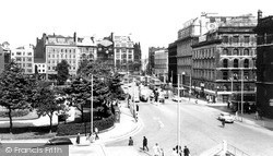 Manchester, Piccadilly c.1965