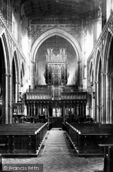 Manchester, The Cathedral Interior 1889