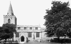 Mansfield, St Peter's Church c.1950