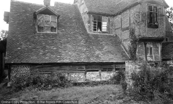 Mapledurham, Mapledurham House (the Old Part) c1955