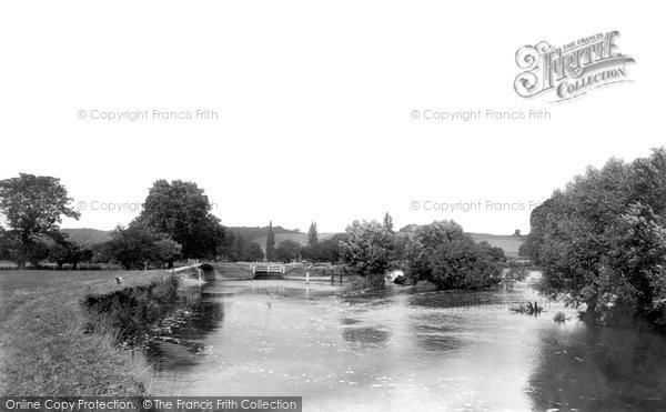 Mapledurham, the Lock 1890