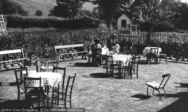 Mappleton, Okeover Hotel Tea Garden c1955