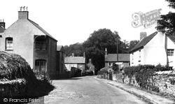 The Village c.1955, Mapleton