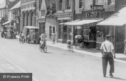 Broad Street c.1950, March