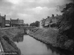 River Nene And Bridge 1929, March