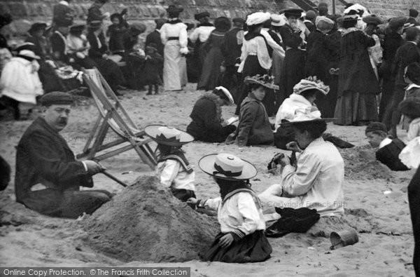 Margate, A Family 1906