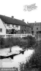 Mark, The White Horse Inn c.1960