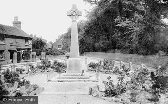 Market Drayton, War Memorial 1923