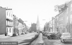 Market Harborough, High Street Facing South c.1960
