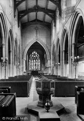 Market Harborough, Parish Church Interior 1922