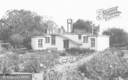 Market Harborough, The Pavilion, Welland Park c.1965