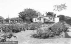 Market Harborough, The Rose Gardens, Welland Park c.1965