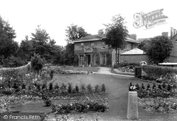 Marlborough, Preshute House 1910