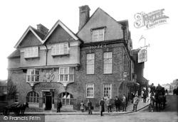 Marlborough, The Bear And Castle Hotel 1906
