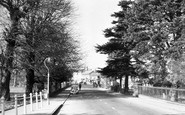 Marlow, High Street From The Bridge c.1955