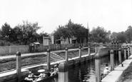 Marlow, The Lock 1901
