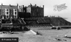 Marske-By-The-Sea, Cliff House c.1960