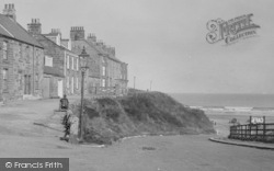 Marske-By-The-Sea, Going Up The Slope, Cliff Terrace  1925
