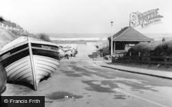 Marske-By-The-Sea, To The Beach c.1960