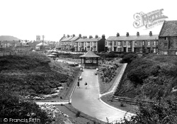 Marske-By-The-Sea, Valley Gardens And Bandstand 1938