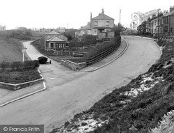 Marske-By-The-Sea, Valley Gardens And High Street c.1955
