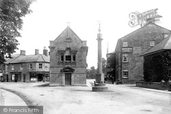 Martock, Cross And Town Hall 1900