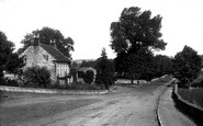 Masham, Bank Villa and Avenue 1908