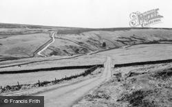 Masham, Road Over The Moor To Lofthouse c.1960