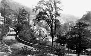 Matlock Bath, road to Temple Hotel c1864