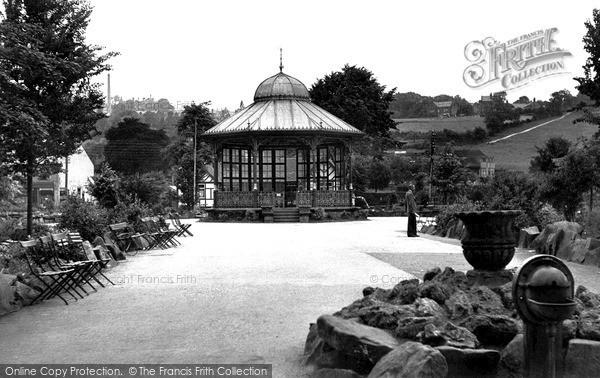 Matlock, Hall Leys Pleasure Grounds c1955