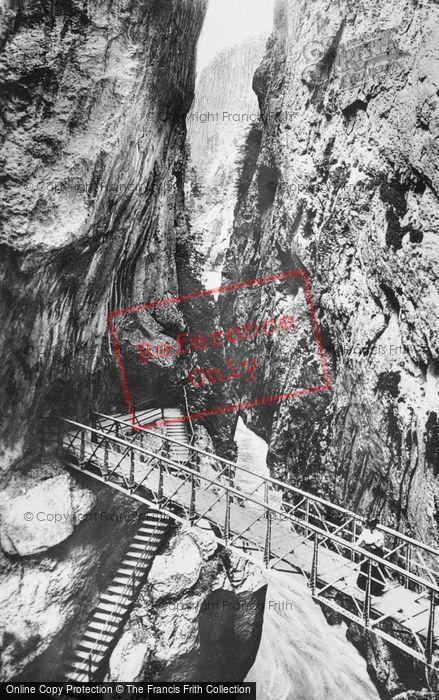 Photo of Meiringen, The Gorge c.1935