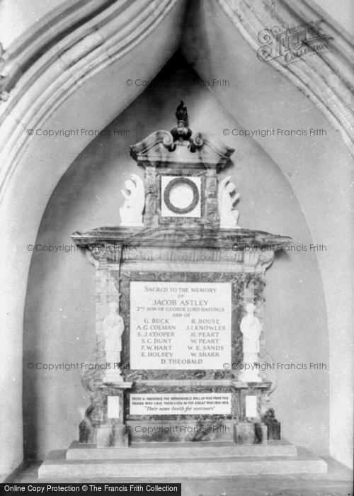 Photo of Melton Constable, War Memorial 1922