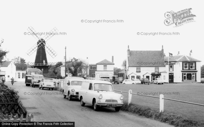 Meopham,Green and Windmill c1965,Kent