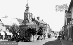 Mere, The Clock Tower c.1950